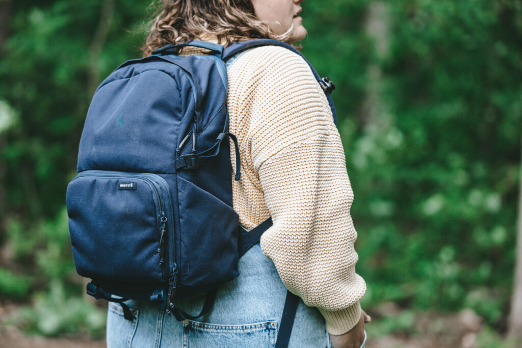 camera hiking backpack   Day hiking Essentials: What's in my day pack?   My Wandering Voyage travel blog #DayHike #Hiking #HikingEssentials #HikingChecklist