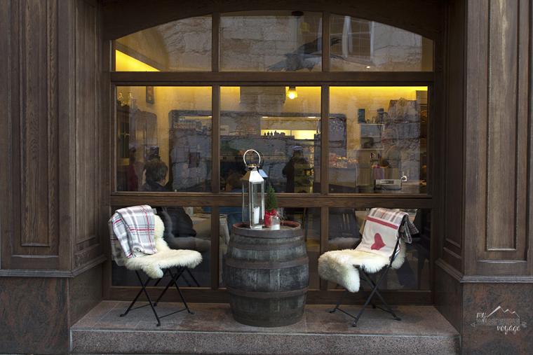 Cafe in Hallstatt Austria | My Wandering Voyage travel blog
