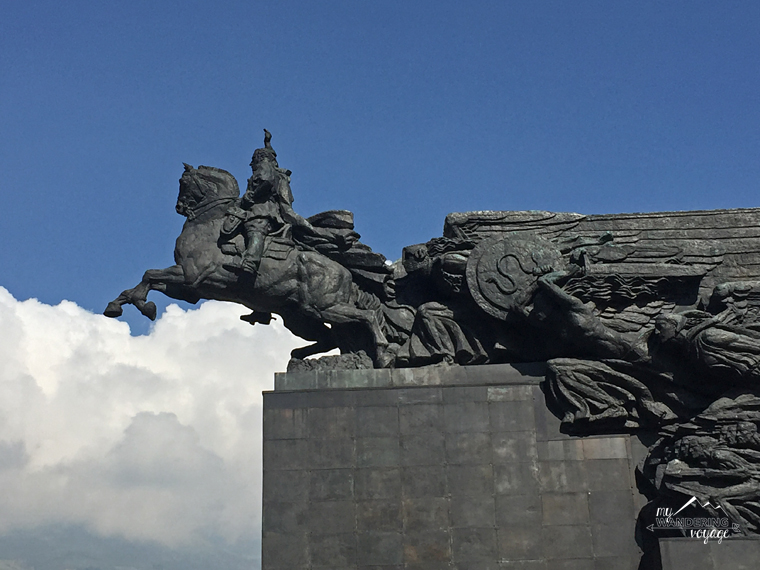 Statue Quito, Ecuador | My Wandering Voyage Travel Blog