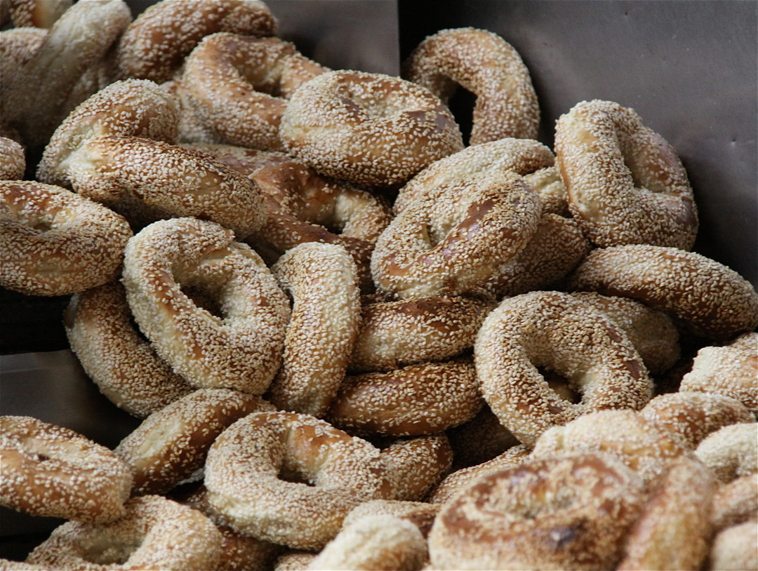 Eat a Montreal bagel - 14 essential experiences for a weekend in Montreal, Quebec, Canada | My Wandering Voyage travel blog
