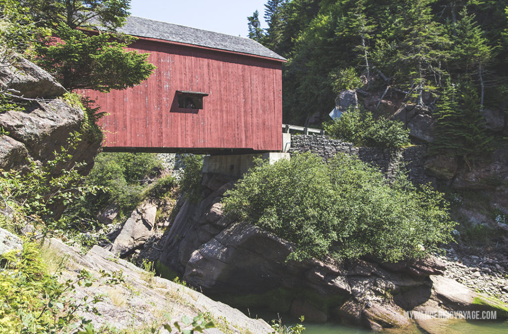 Discover Covered Bridges - 10 treasures to discover in New Brunswick, Canada. From rugged coasts to sandy beaches to French heritage and fresh seafood, New Brunswick has it all | My Wandering Voyage
