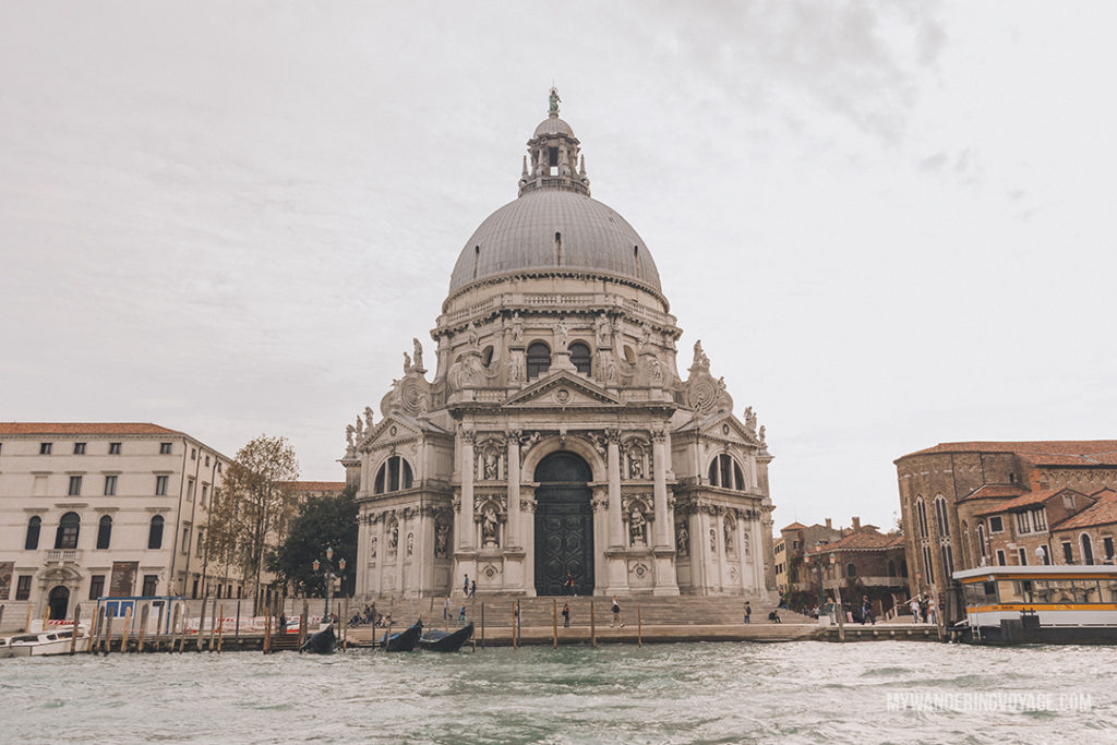 If you're on a tight Italian itinerary and you've always dreamed of seeing the sinking city, you can explore Venice from Rome in a day. With a high speed train and this itinerary, you'll be able to see Venice in a day. | My Wandering Voyage #venice #italy #travel #itinerary
