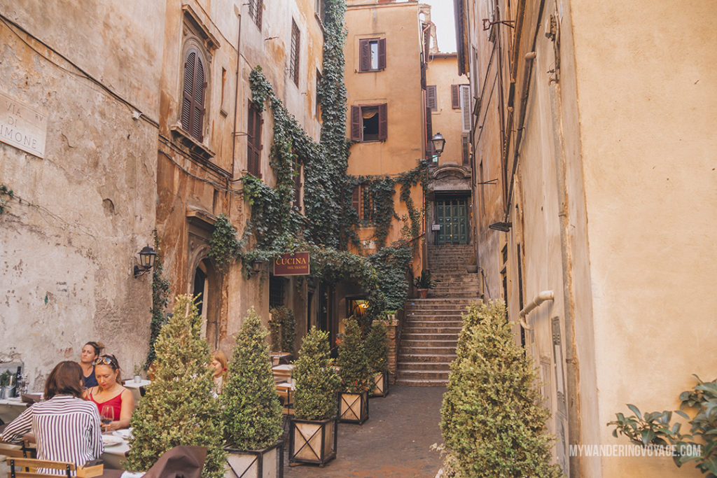 street in Rome | With these 23 mistakes to avoid in Rome, Italy, you'll be a seasoned traveller before you even land in the airport. | My Wandering Voyage travel blog #Rome #traveltips #travel #Italy
