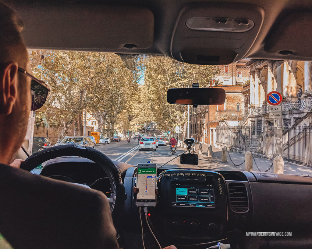 Driving through Rome | With these 23 mistakes to avoid in Rome, Italy, you'll be a seasoned traveller before you even land in the airport. | My Wandering Voyage travel blog #Rome #traveltips #travel #Italy