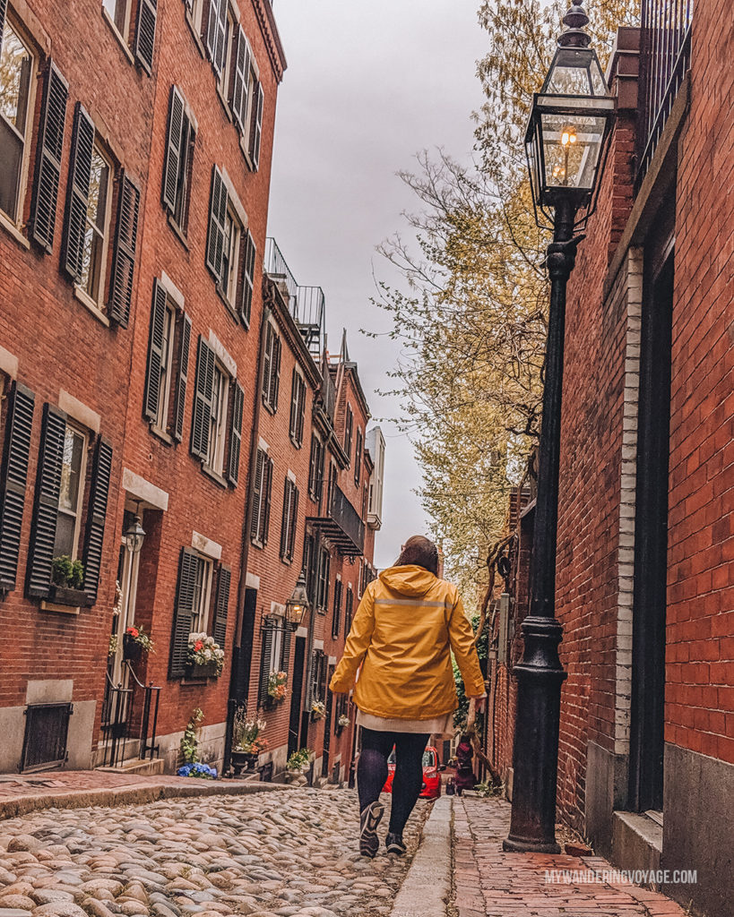 Beautiful Acorn Street, Beacon Hill, Boston | This New England road trip itinerary will take you on the scenic route from Boston to Portland, Mid Coast Maine and Acadia National Park. | My Wandering Voyage #Boston #Portland #Maine #travel