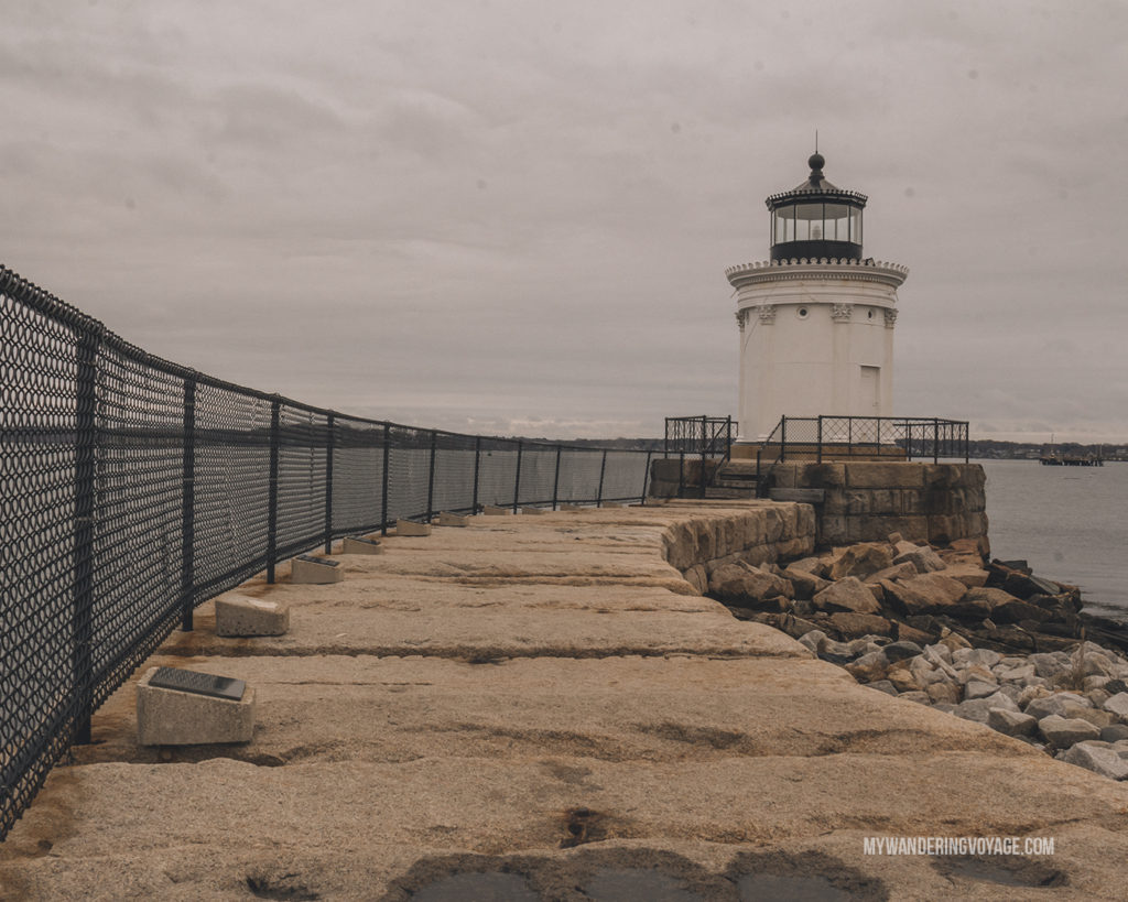 Bug Light, Portland | Grab your best gal pals or significant other for the ultimate weekend getaway in Portland, Maine. Find where to stay, what to eat and things to do in this guide to Portland, Maine. | My Wandering Voyage travel blog #Portland #Maine #USA #travel