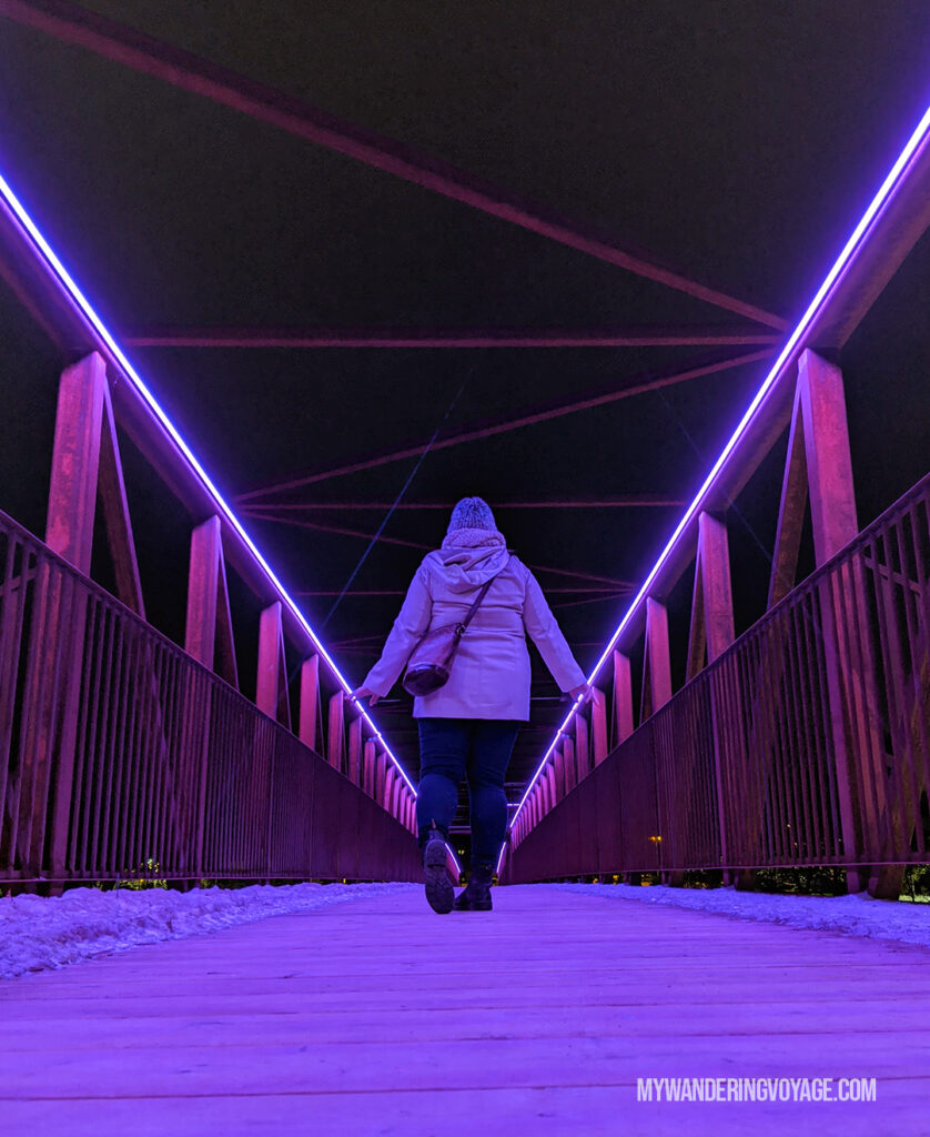 Grand River pedestrian bridge in Cambridge at night | Best scenic bridges in Ontario you have to visit | My Wandering Voyage travel blog