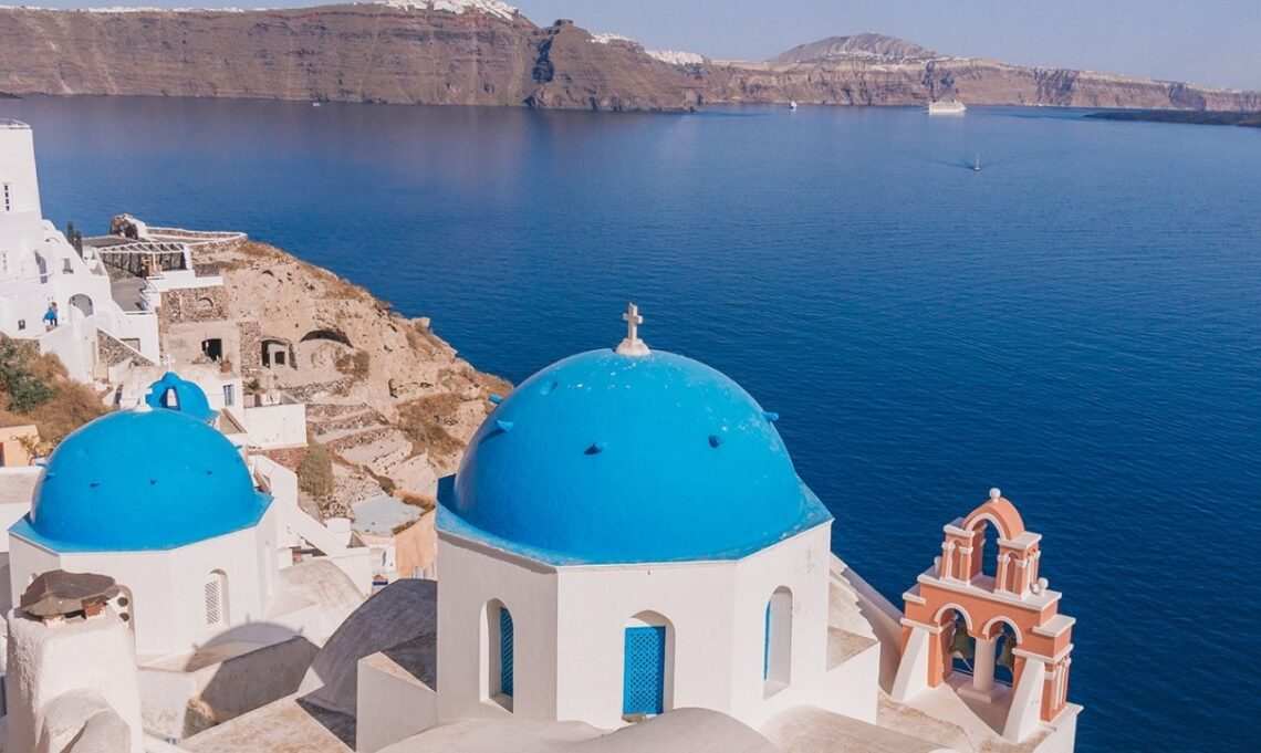 Best Places to Travel - Oia, Santorini