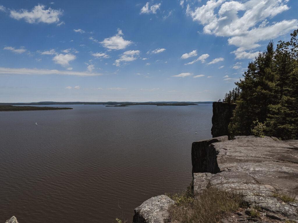 devil's rock trail | Best Hikes in Ontario | My Wandering Voyage travel blog