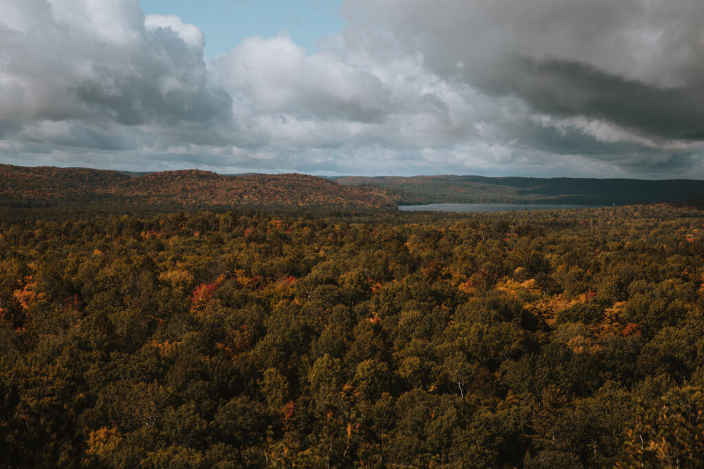 lookout trail algonquin | Best Hikes in Ontario | My Wandering Voyage travel blog